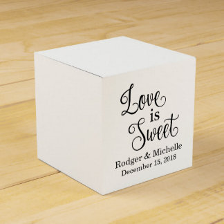 Wedding Favor Box - Love Is Sweet Party Favour Box