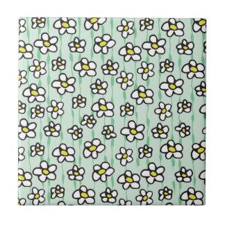 white daisies pattern tile
