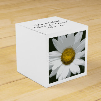 White Daisy Flower Wedding Favour Box