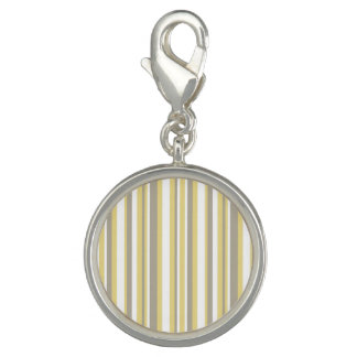 White, Gray and Beige Vertical Stripe Pattern