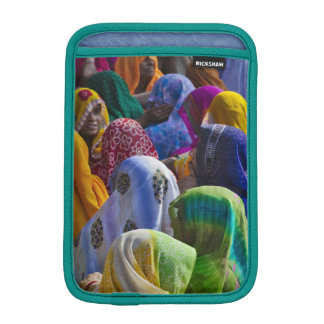Women in colorful saris gather together iPad mini sleeve