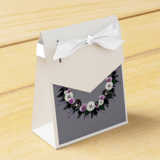 "Wreath ""Black Button"" Purple Flowers Favor Box Party Favour Box"