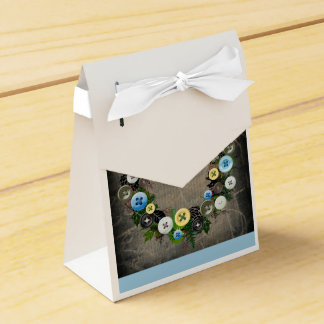 "Wreath ""Blooming Buttons"" Blue Buttons Favor Box Party Favour Boxes"