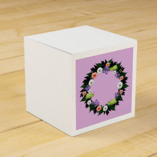 "Wreath ""Green Grasshopper"" Purple Flower Favor Box Favour Box"