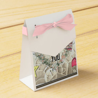 """Wreath """"Lolly Heart"""" Pink Flowers Favor Box Wedding Favour Boxes"""