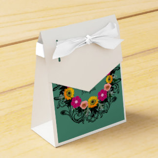 "Wreath ""Pink Spring"" Pink Flowers Favor Box Favour Box"