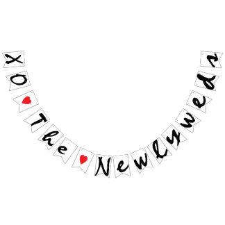 "XO ""LOVE"" THE NEWLYWEDS Wedding Sign Decor Bunting"