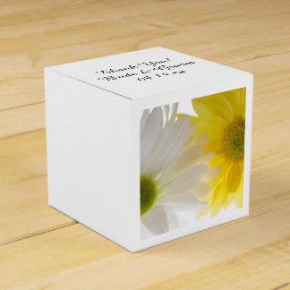 Yellow and White Daisies Wedding Favour Box