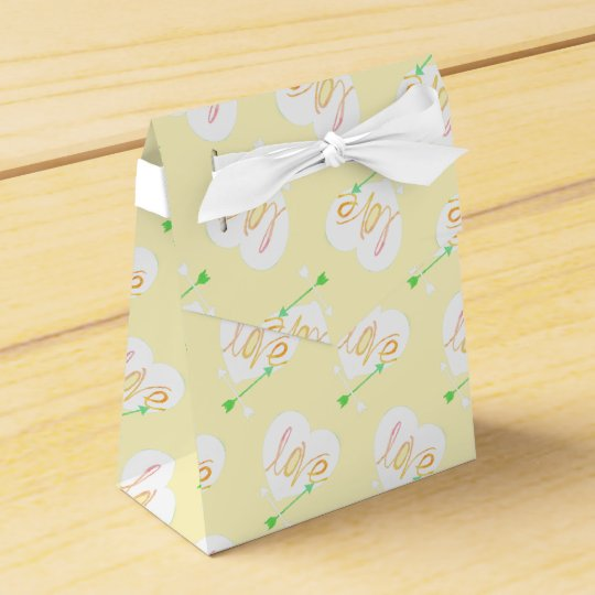 Yellow Green Love Heart Arrows Gift Favour Box