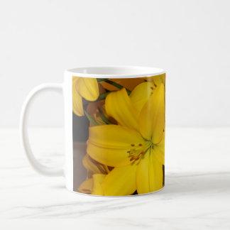 Yellow Lilly coffee mug