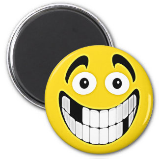 Yellow Toothless Grin Smiley Face 6 Cm Round Magnet