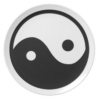 Yin Yang Symbol Plate