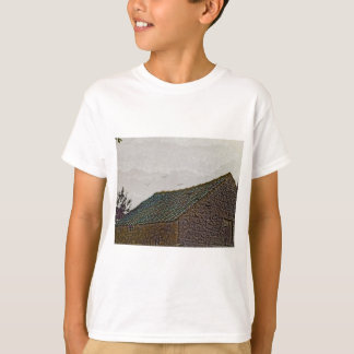 Yorkshire farm building with birds T-Shirt